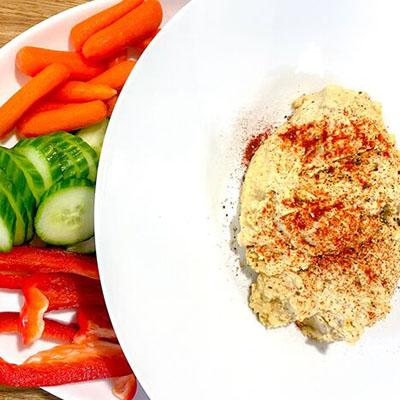Healthy diabetes friendly hummus