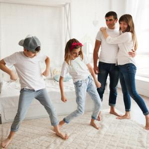Children-dancing-at-home