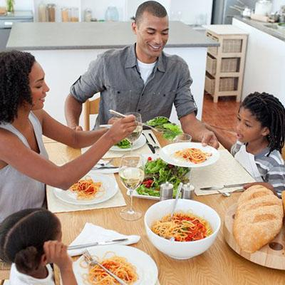Eating meals as a family