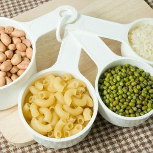 High_res_jpg-measuring-cups-carbs-square